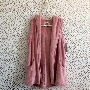 NWT Ugg Pink Cozy Fleece Vest